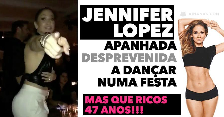 Jennifer Lopez Apanhada Desprevenida a Dançar numa festa. Vê como ela está aos 47 Anos!