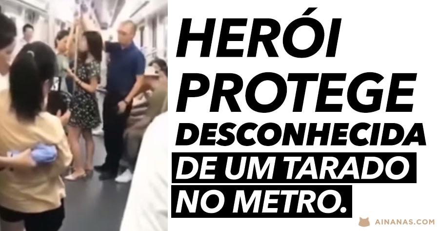 Herói Protege Desconhecida de um Tarado