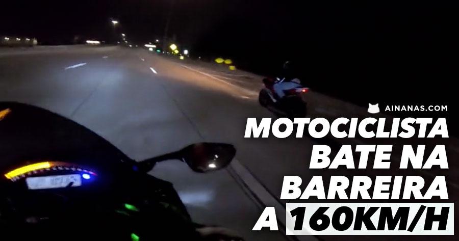 Motociclista BATE NA BARREIRA a mais de 160km/h mas evita o pior